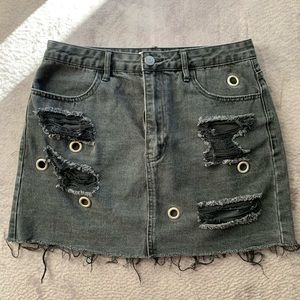 Forever 21 distressed skirt!